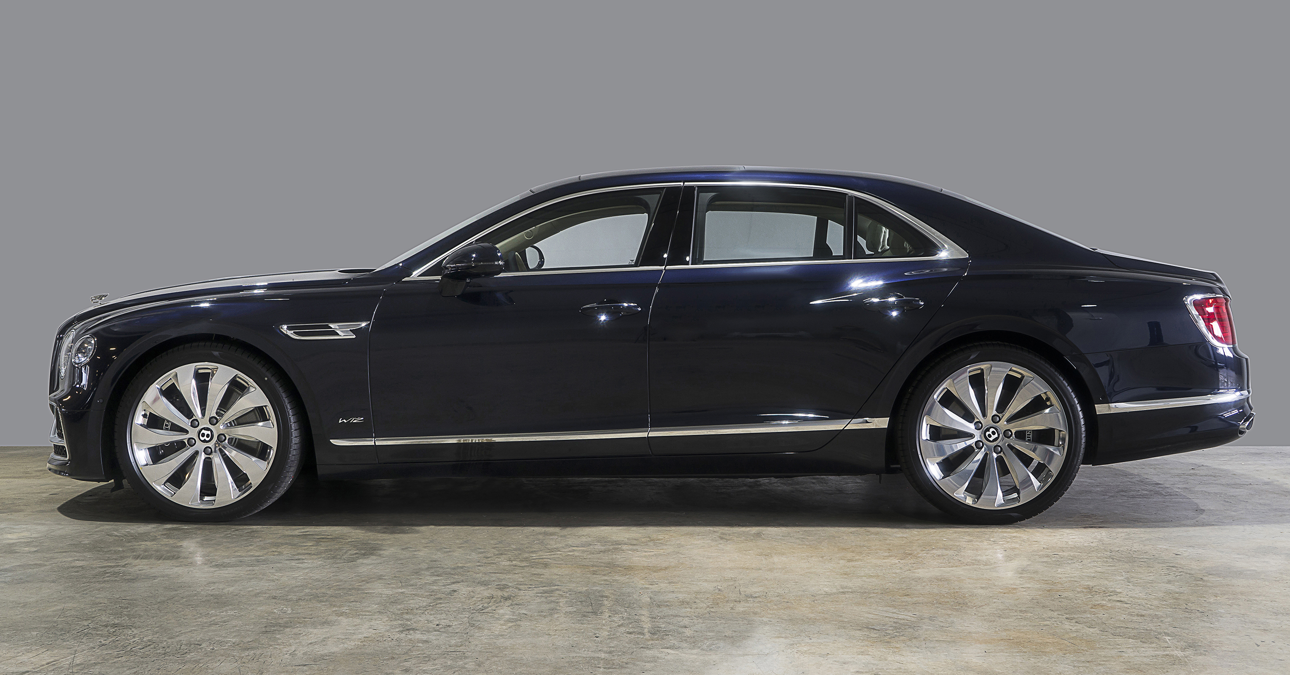 The new Flying Spur is a unique fusion of breathtaking performance, contemporary design and intuitive technology. It delivers an enriching experience for both the driver and those who prefer to be driven.