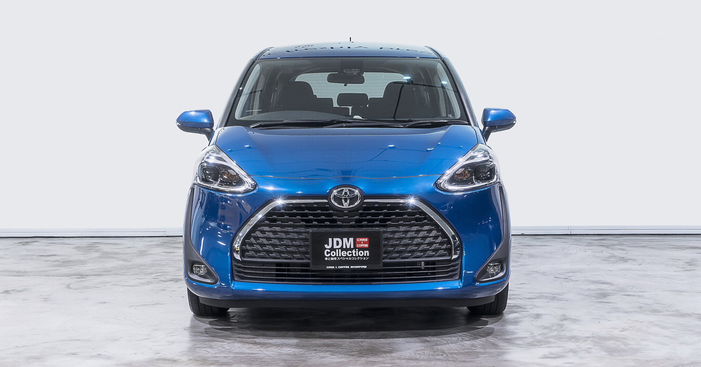 The New Toyota Sienta provides you with a playful appearance and is smartly equipped for 7 passengers. The new streamlined design brings a playful and striking image together with versatile space and thoughtful design details, allowing you to have more fun and enjoyment on every journey.