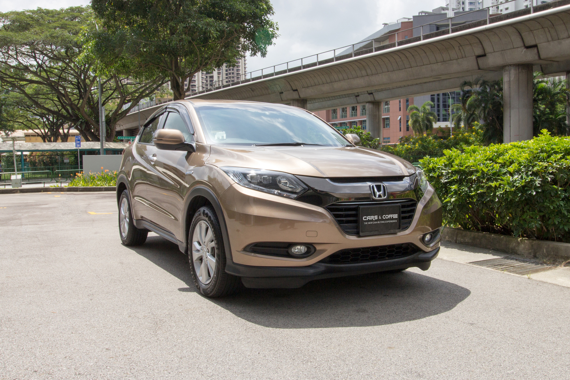 Certified Pre-Owned Honda Vezel Hybrid 1.5A X | Cars and Coffee Singapore