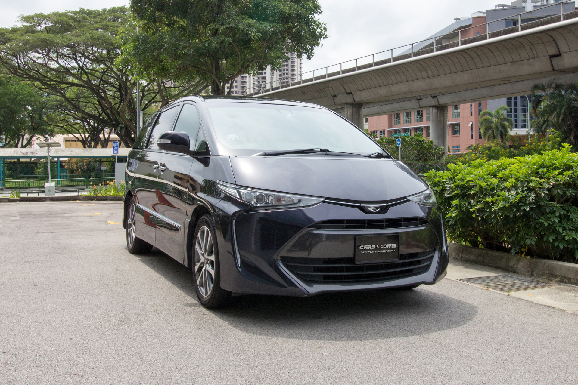 Certified Pre-Owned Toyota Estima Aeras Premium | Cars and Coffee Singapore