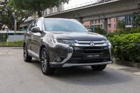 Certified Pre-Owned Mitsubishi Outlander 2.4A Sunroof | Cars and Coffee Singapore