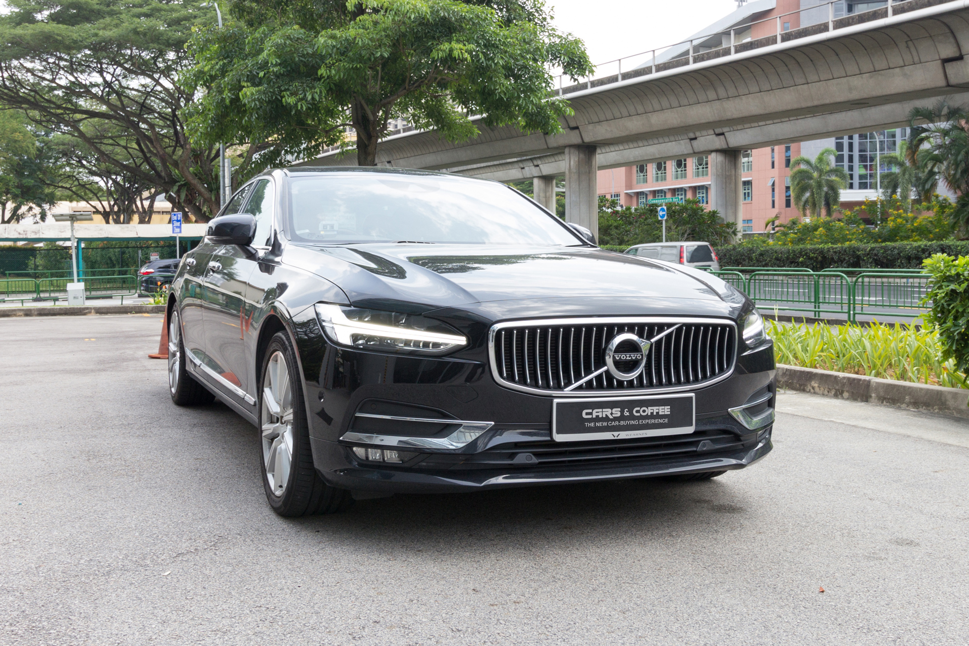Certified Pre-Owned Volvo S90 T6 Inscription | Cars and Coffee Singapore