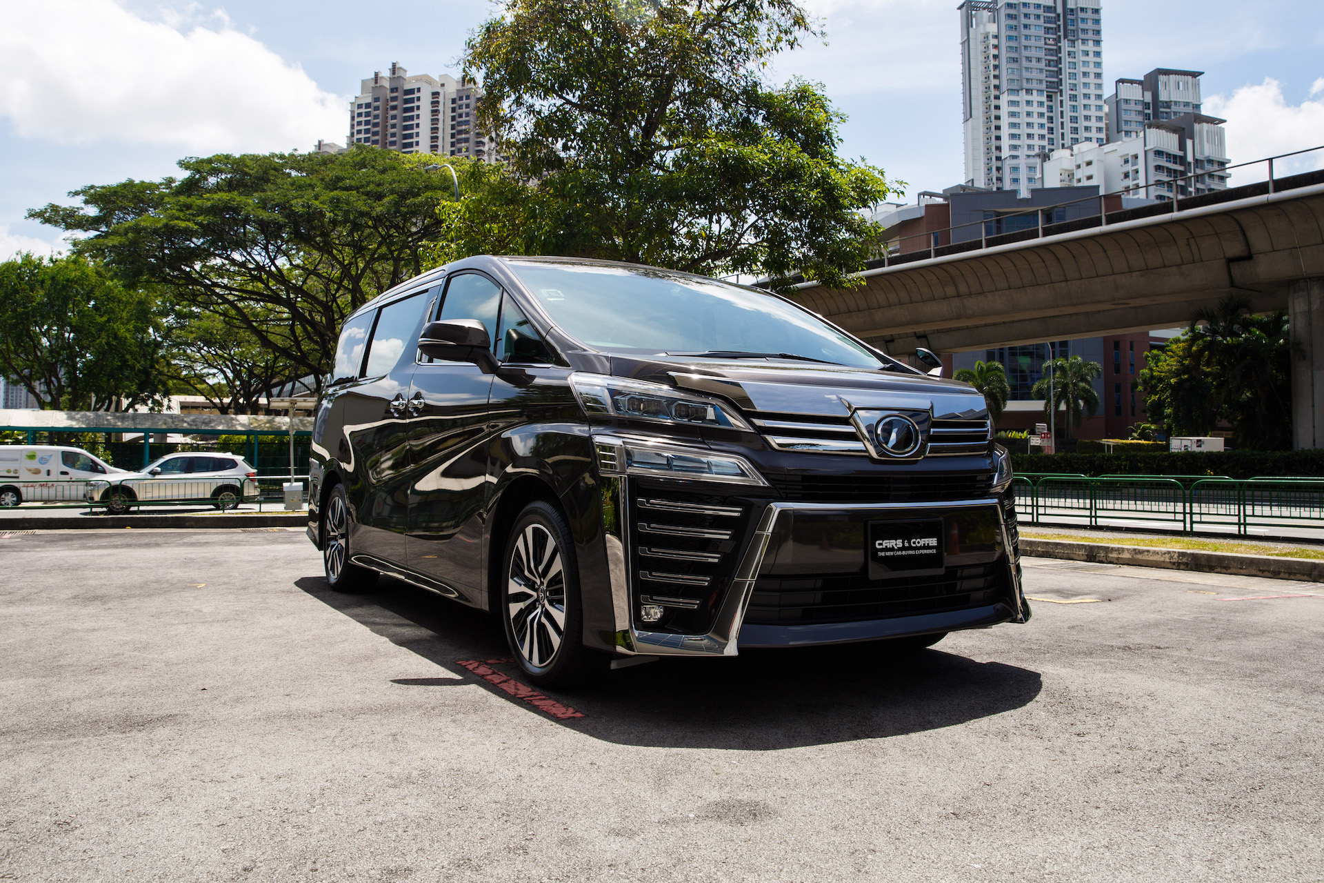 Certified Pre-Owned Toyota Vellfire 2.5A Z G-Edition | Cars and Coffee Singapore
